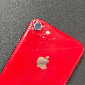 背面ガラス治せます♪《iPhone修理 パソコン修理 高岡》
