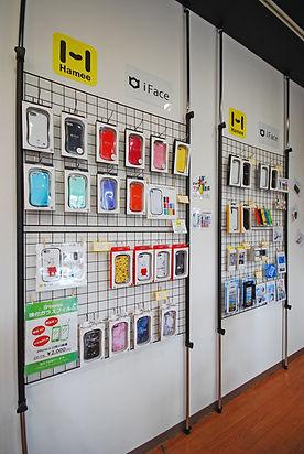 富山県富山市のiPhone修理専門店。iPhoneアクセサリーも販売中