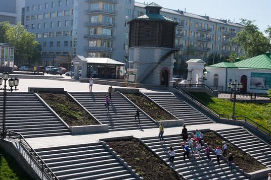 Исторический сквер, Водонапорная башня