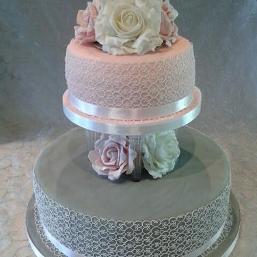 366 2 Tier Lace Wedding.jpg