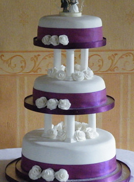223 3 Tier Wedding Cake.jpg