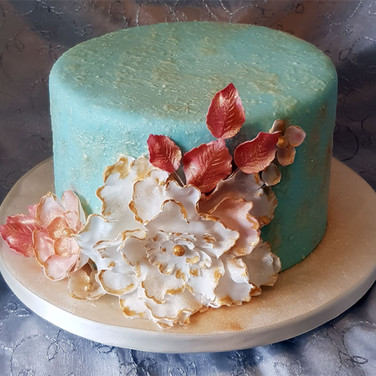 525-Flower-Spray-Cake.jpg