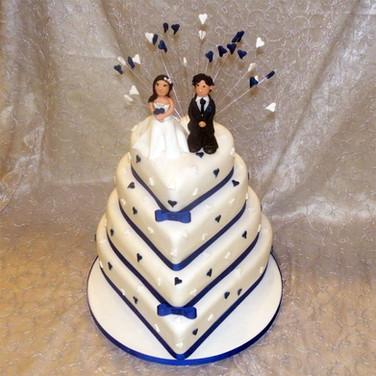 38-4-Tier-Heart-Wedding.jpg