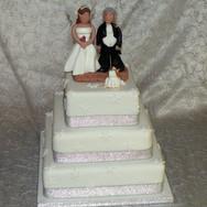 98 3 Tier (on bricks) Wedding.jpg