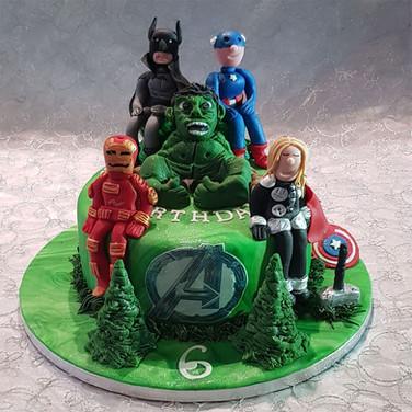 547-Avengers-Cake.jpg