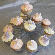140 Cupcake on Stand.jpg