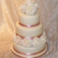 105 3 Tier Wedding - Ivory Rose & Polkad