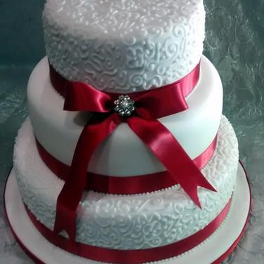 418 3 Tier Wedding Cake.jpg