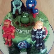 427 Marvel Avengers Cake.jpg