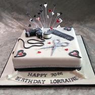 454-Hairdresser-Cake.jpg