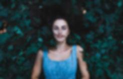girl-984060_1920.jpg