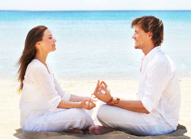 meditating couple learn to meditate groundedpsychic.com Laura Zibalese