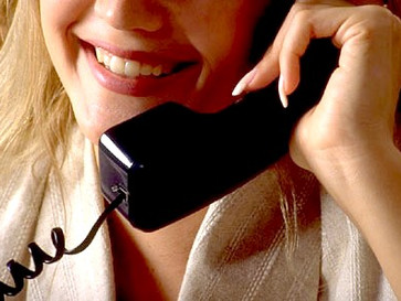 How Can Psychics Give Readings Over The Phone?