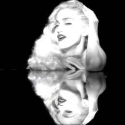 Madonna in Vogue video.jpg