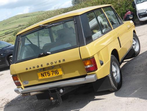 Range_Rover_(1976)_(35878394063)-min.jpg