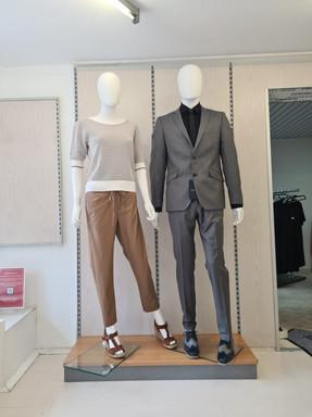 Links Damen, Outift von Daniel Hechter Rechts Herren, Outfit von Digel