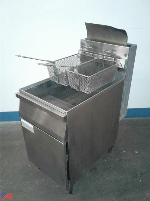Mint Condition Cecilware Deep Fryer NG