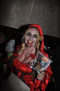 Zombie Queen show of her winnings.