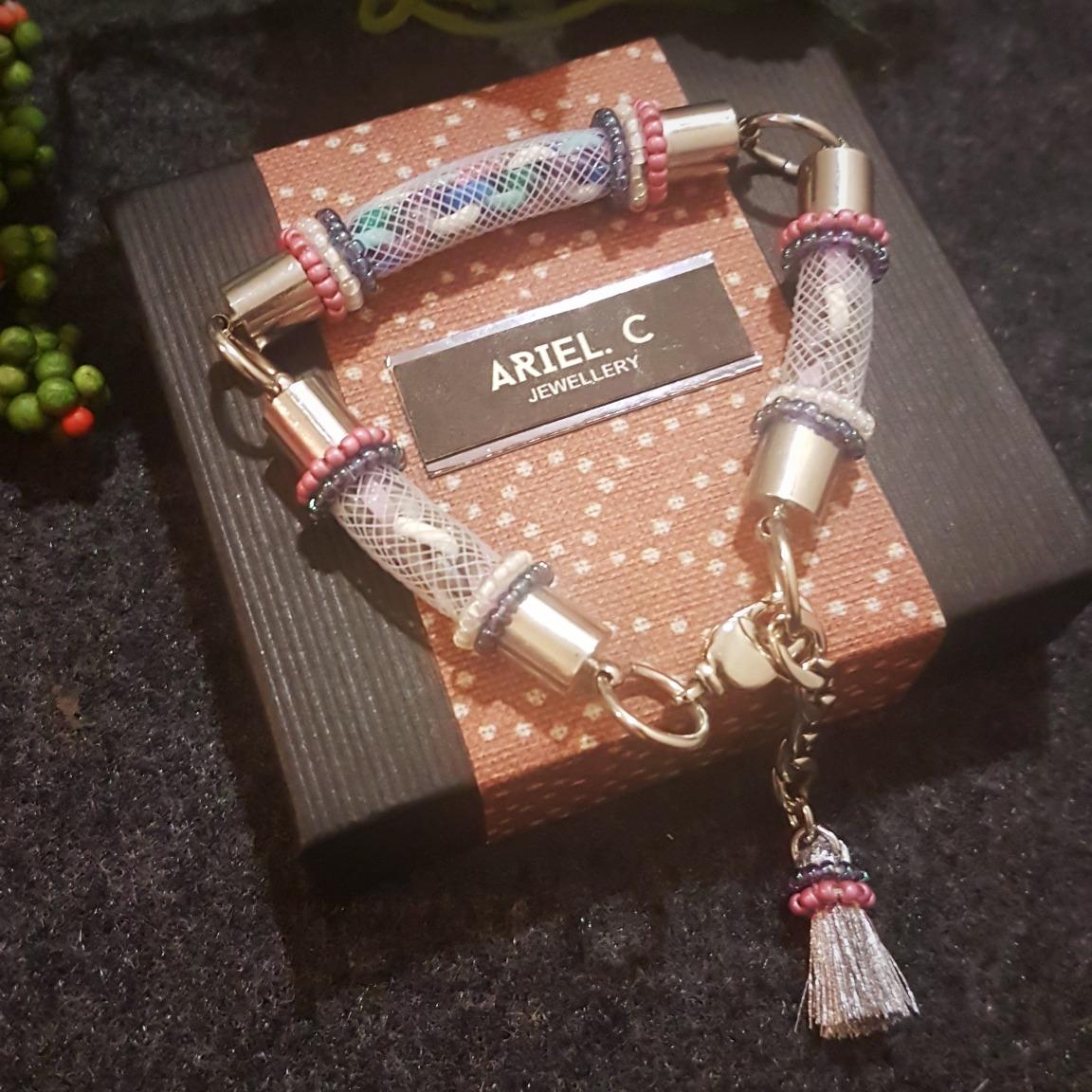 | ARWA06 | Trio Bracelet (Pink)