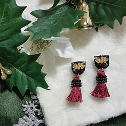 | ARS004 | Wine Red Earrings