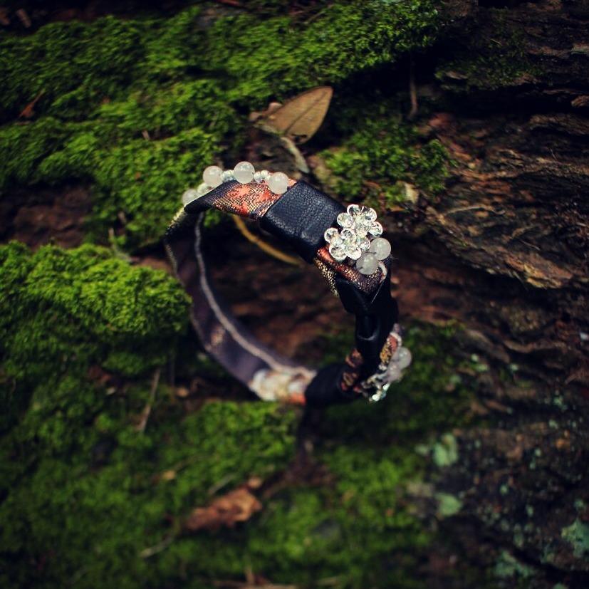 | AR126 | Obi Brocade Bracelet