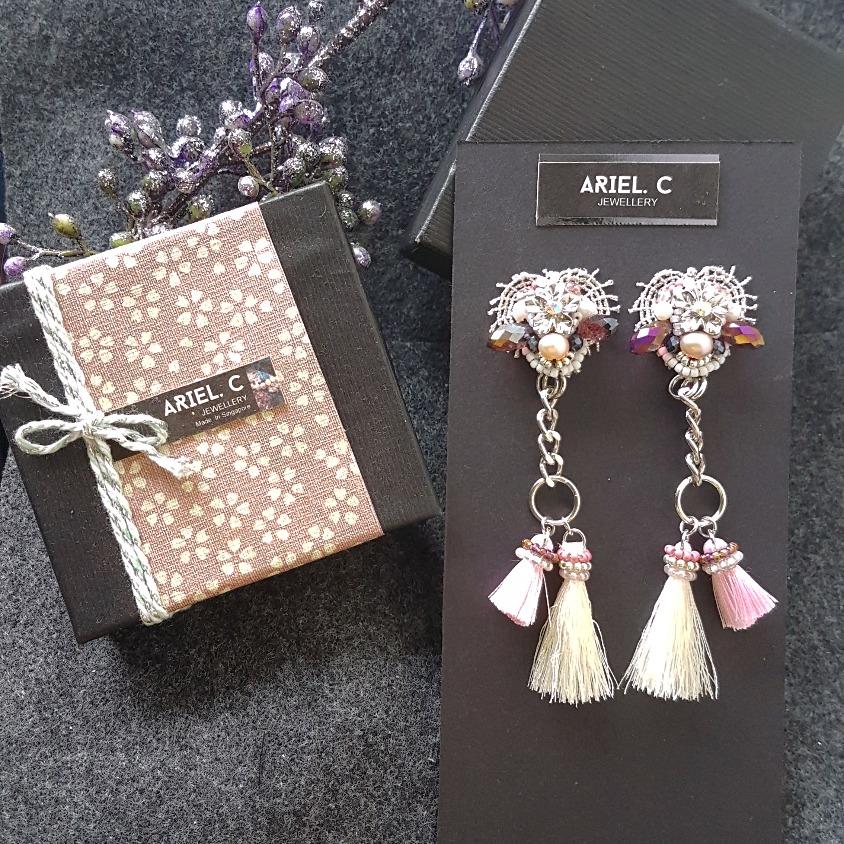 | ARSS07 | Valentine Earrings