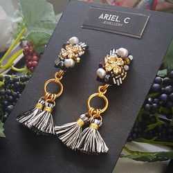 | ARML12 | Gold Floral