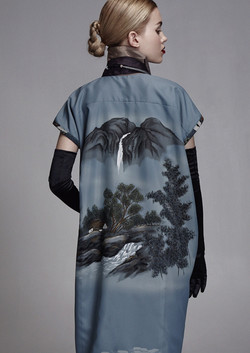 Shirt dress w/ back details