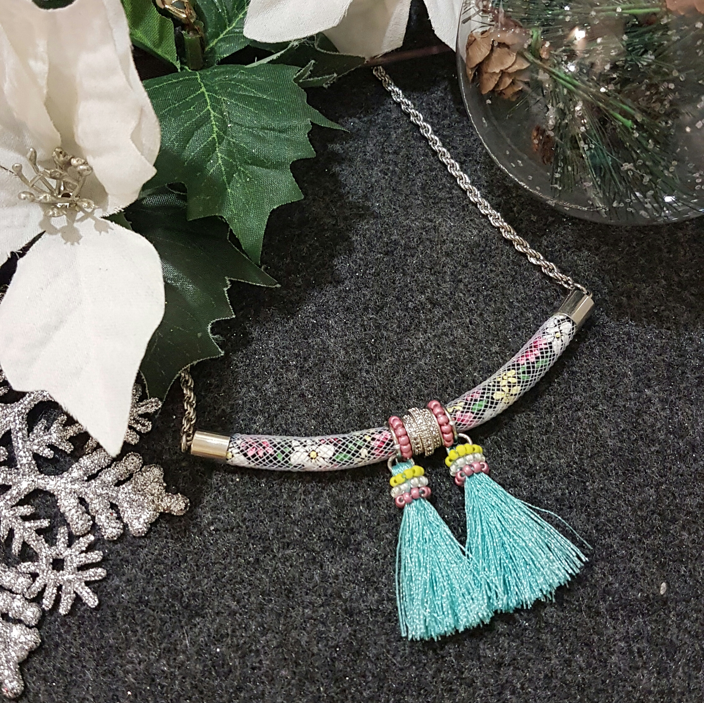 | ARX002 | Turquoise Floral Necklace