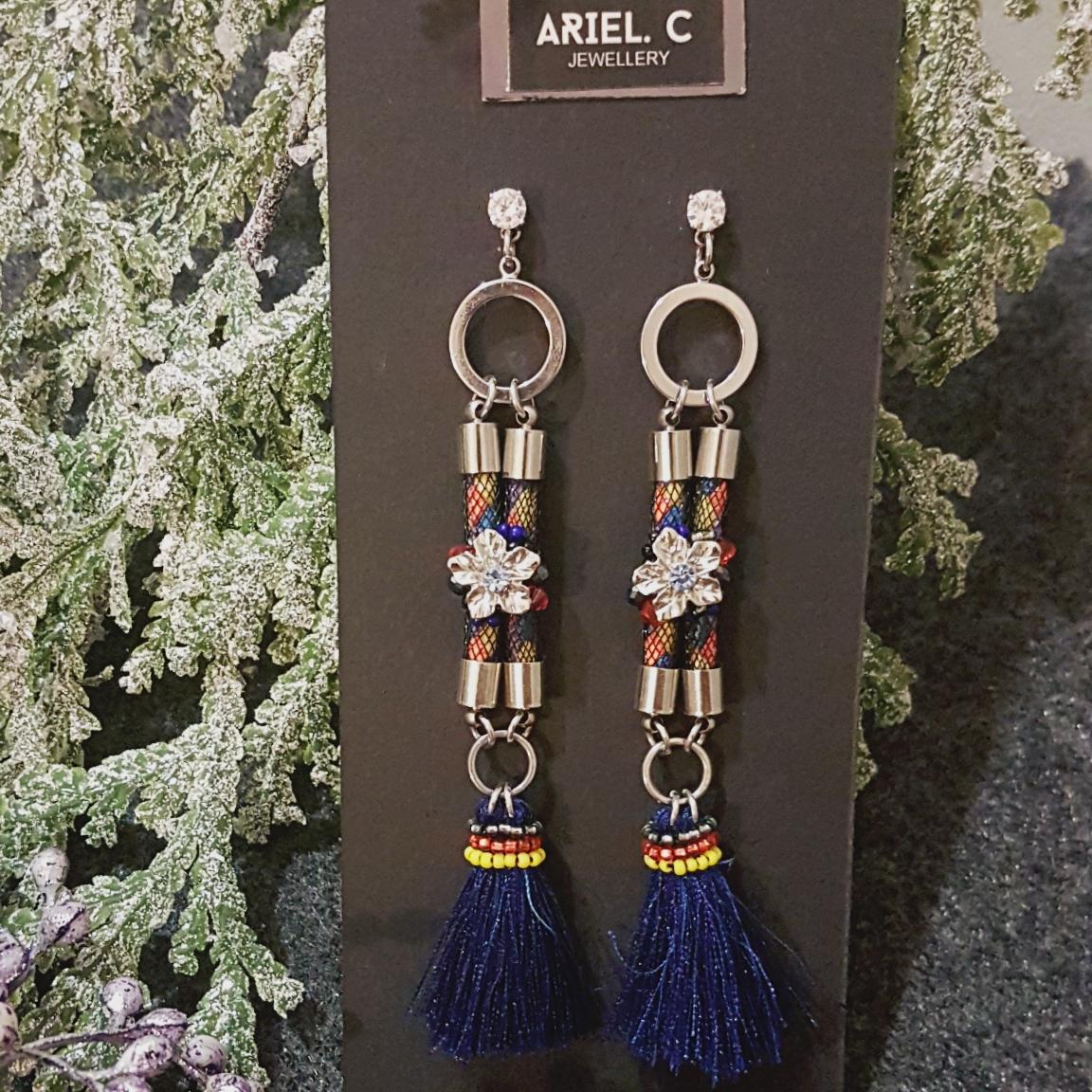 | ARX018 | Deep Blue Festive Earring