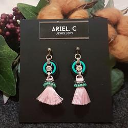   ARCM07   Gem & Tassel (Pink)