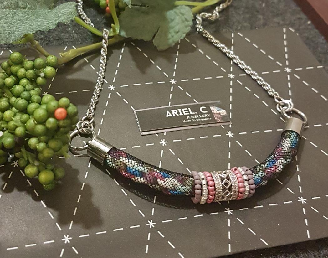 | ARML09 | Pink Tubular Necklace