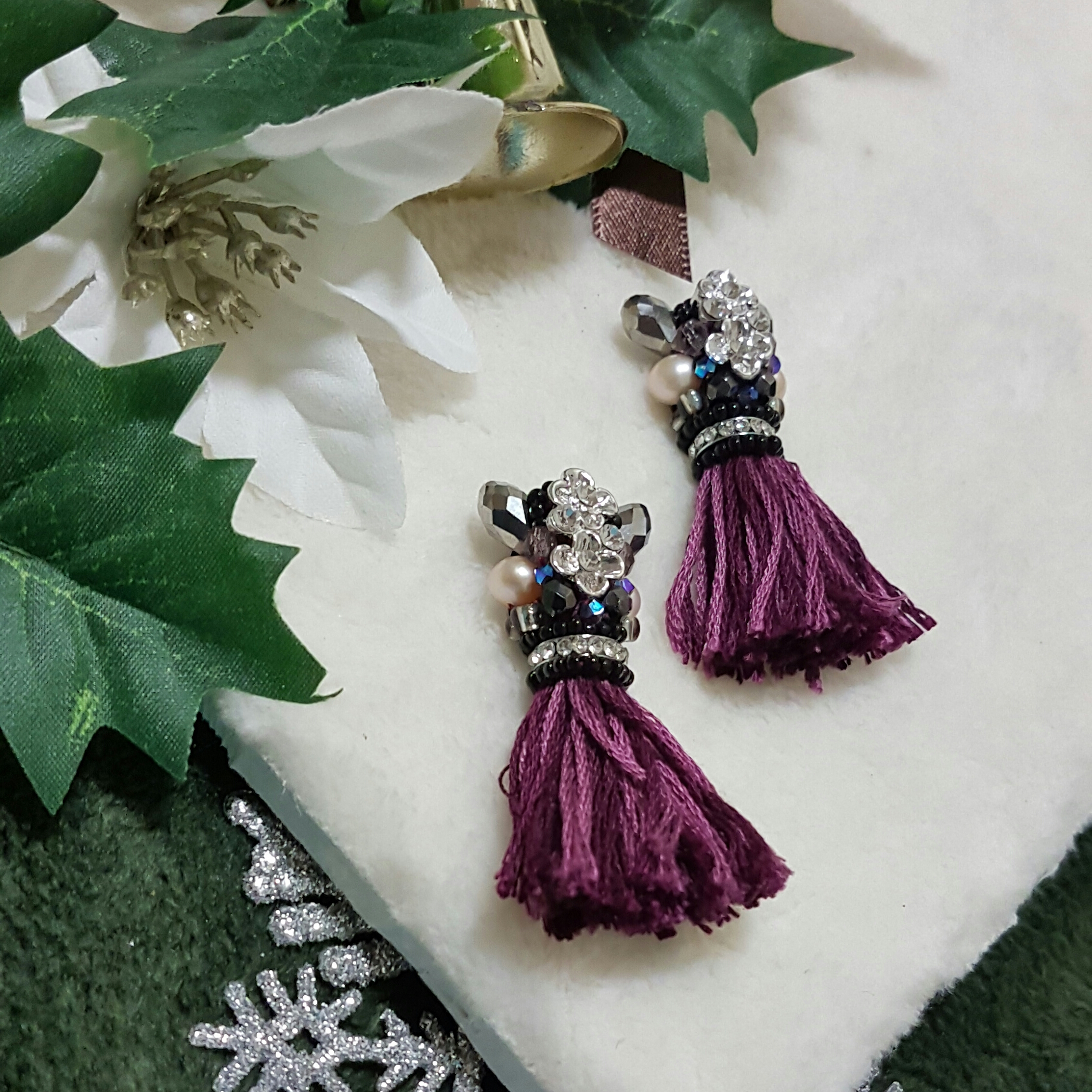 | ARF020 | Long Yarn Tassel Earrings