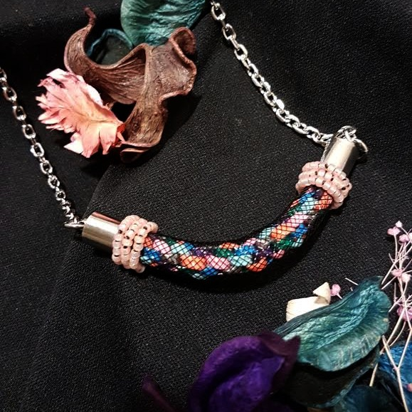 | ARF002 | Kumihimo necklace (Pink)