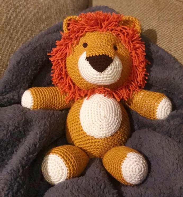Cuddle Me Lion amigurumi pattern - Amigurumi Today | 747x691