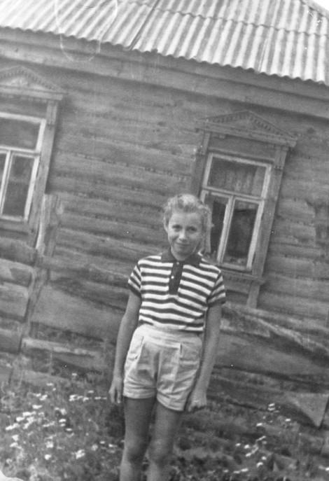 Про детство, деревню Истоминку и мою любовь.