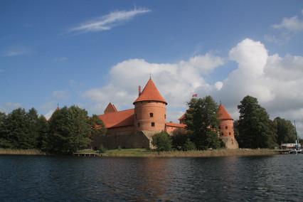 Часть 2-я. Мой муж родился в Прибалтике... Тракай. Каунас.