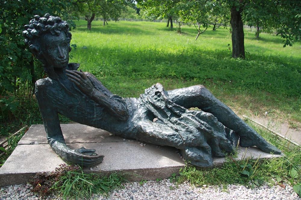 Памятник А. С. Пушкину, Михайловское