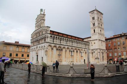 Великолепная Италия. Часть 5-я. Лукка - город 100 церквей.
