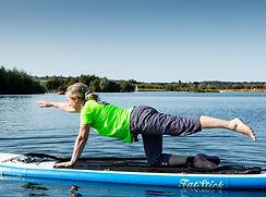 yoga paddleboard maidenhead cookham