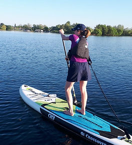 tara crist paddle boarding.