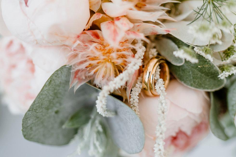 Titelbild Hochzeitsanfrage