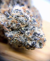 spaced-out-dc-storefront-review-frosties-macro.jpg