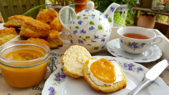 It's Teatime, Mylady: Scones and Orange Curd 🍊