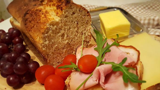 Rustikales Dinkel-Kefir-Brot 🍞