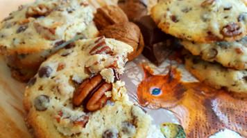 Eichhörnchenzeiten - oder: Nüsse und Herbst gehören einfach zusammen 🌰🐿