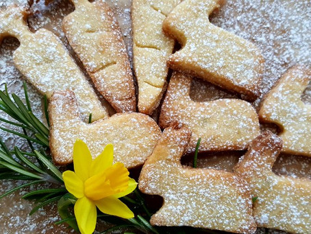 Immer wieder kommt ein neuer Frühling ...oder: Rosmarin-Zitronen-Kekse, die nach Frühling schmecken
