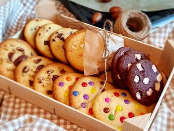 Groß, soft, knusprig, bunt:  American Cookies