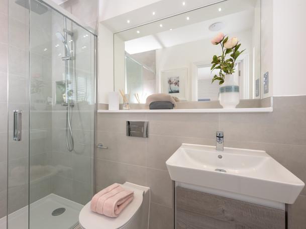 En suite shower room.jpg