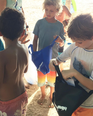 Costa Rica Beach Cleanup